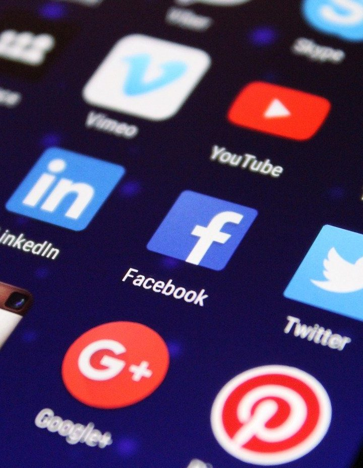 Why including motion pictures to social media advertising will raise engagement?