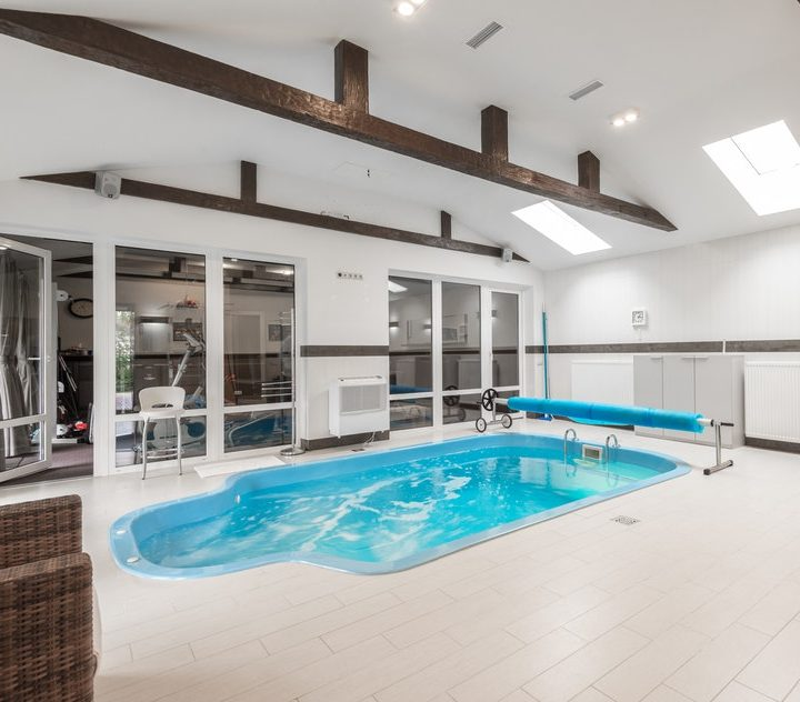 HOW TO STORE POOL EQUIPMENT?